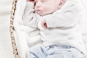 Neugeborenen-Fotografie Gütersloh - Lyo